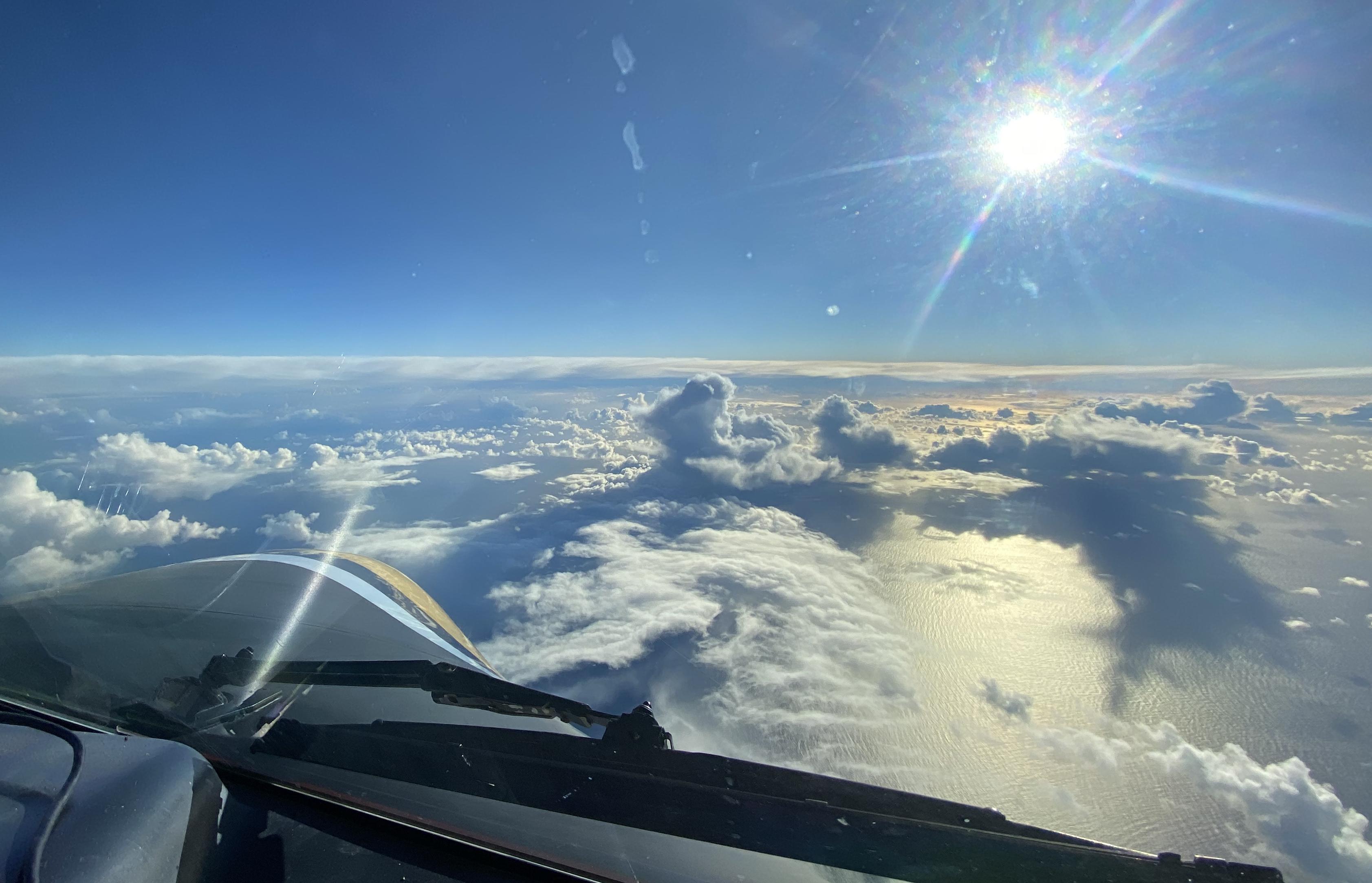 De F27 Excalibur - Van Reykjavik naar Lelystad - blik vanuit de lucht