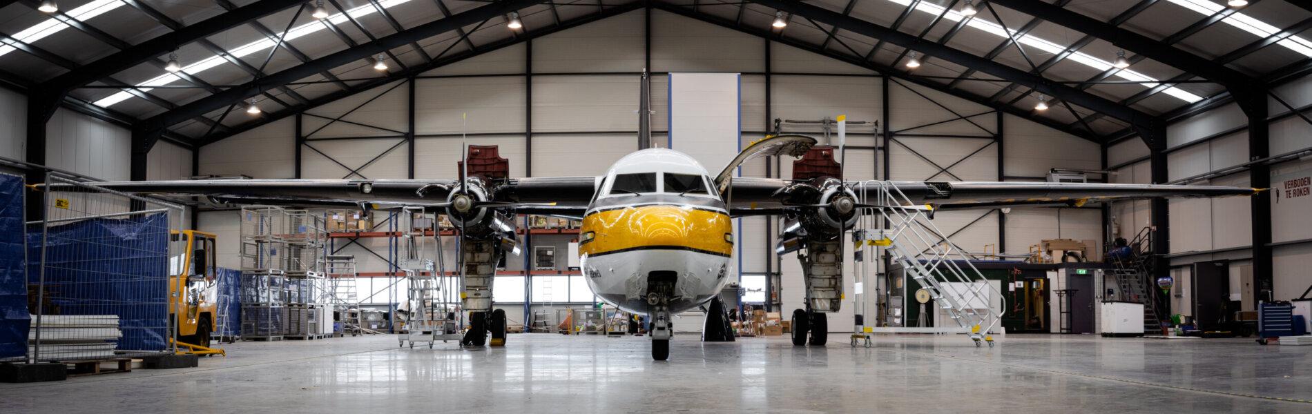 Vliegtuigtrap van Sponsor Roossien - foto Roossien